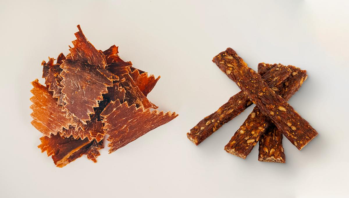 Proč sušené maso nahradilo proteinové tyčinky