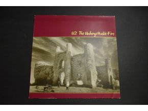 U2 - The Unforgettable Fire / 1984