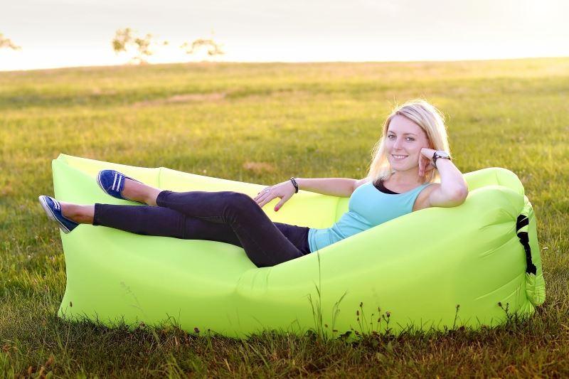 Borka Nafukovací dvouvrstvý vak Lazy bag - zelený