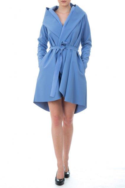 Modrý kabát Jack, který mění design, když prší