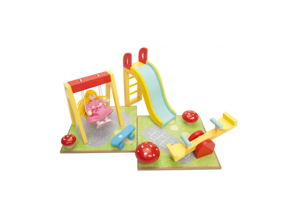 ME076 Outdoor Play Park Wooden Doll House Toy