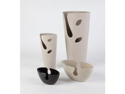 1501 vaza hole 13x7x27cm hneda