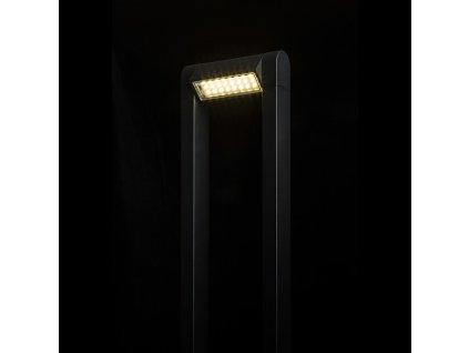 AQUE | stojanová matná čierna lampa IP54