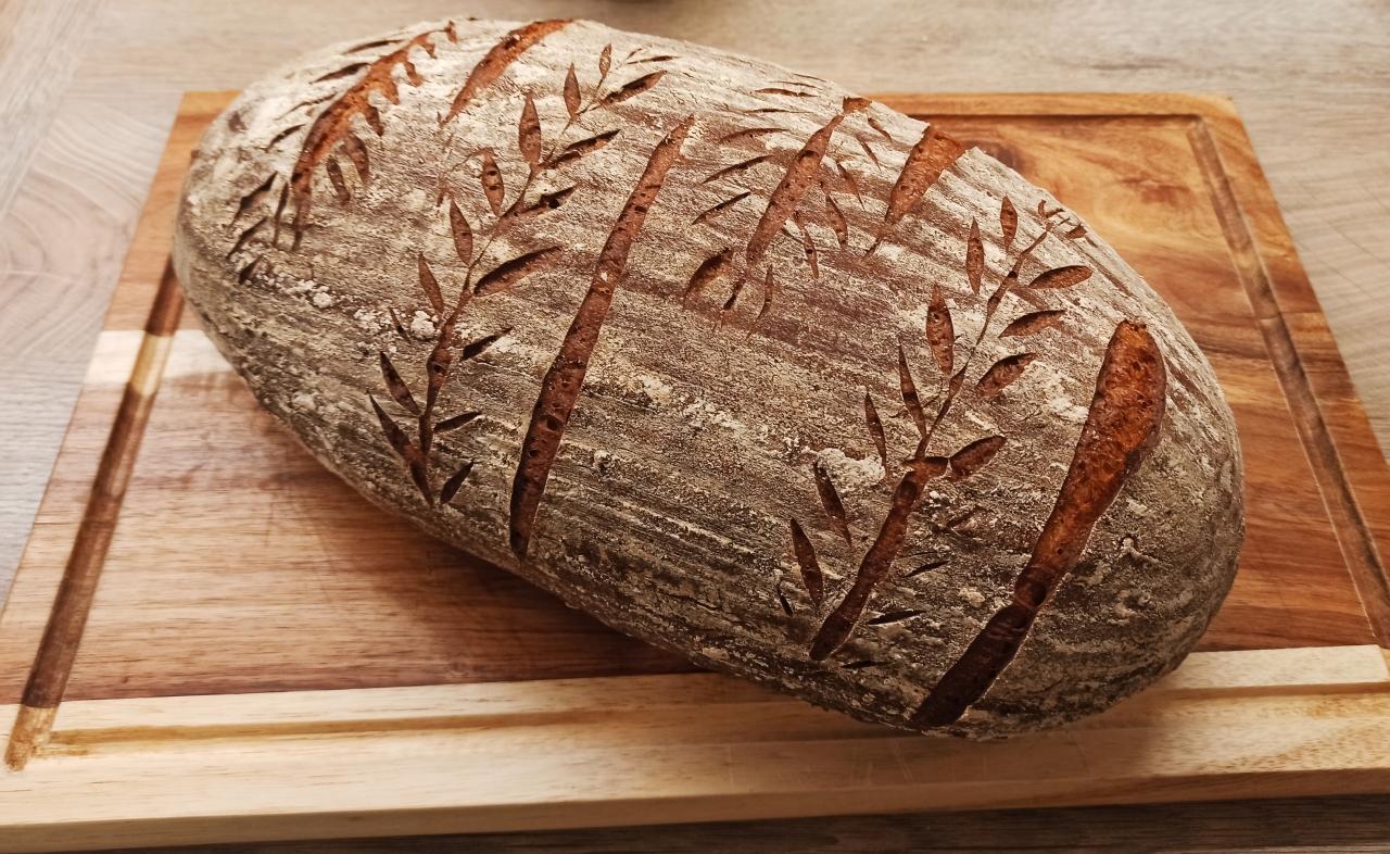 Cibulový chléb z droždí