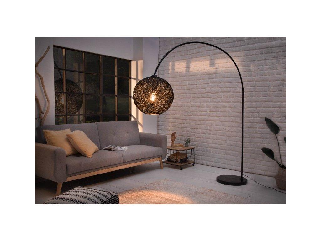 Luxusní stojací lampa Edith, černá 01