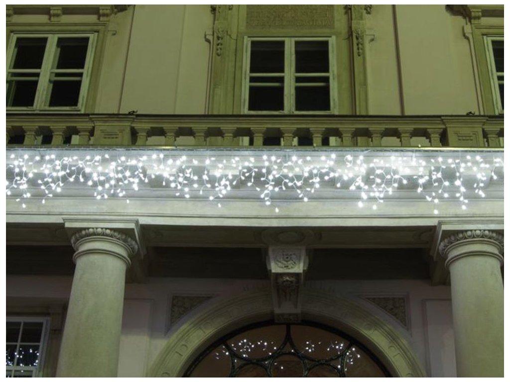 Svetelné cencúle studená biela LED