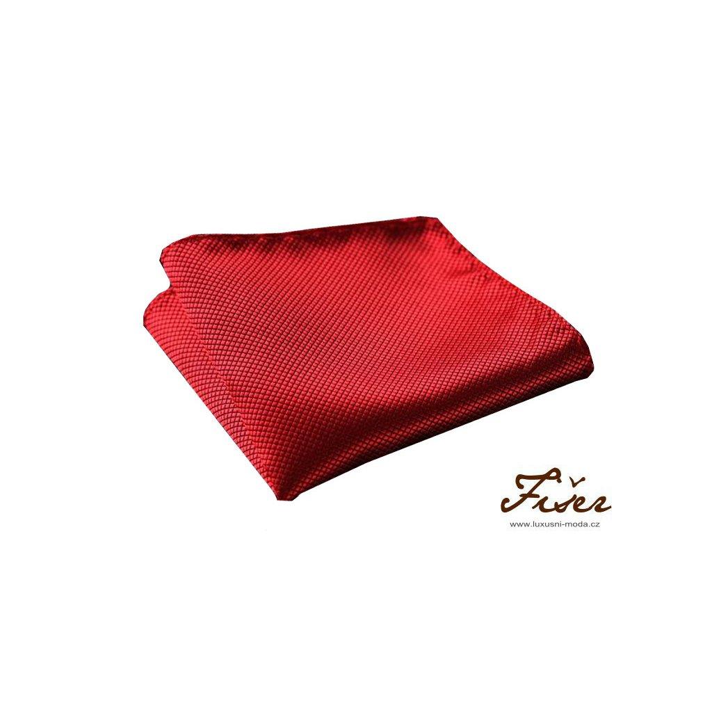 Hedvábný kapesníček červený - struktura čtvereček