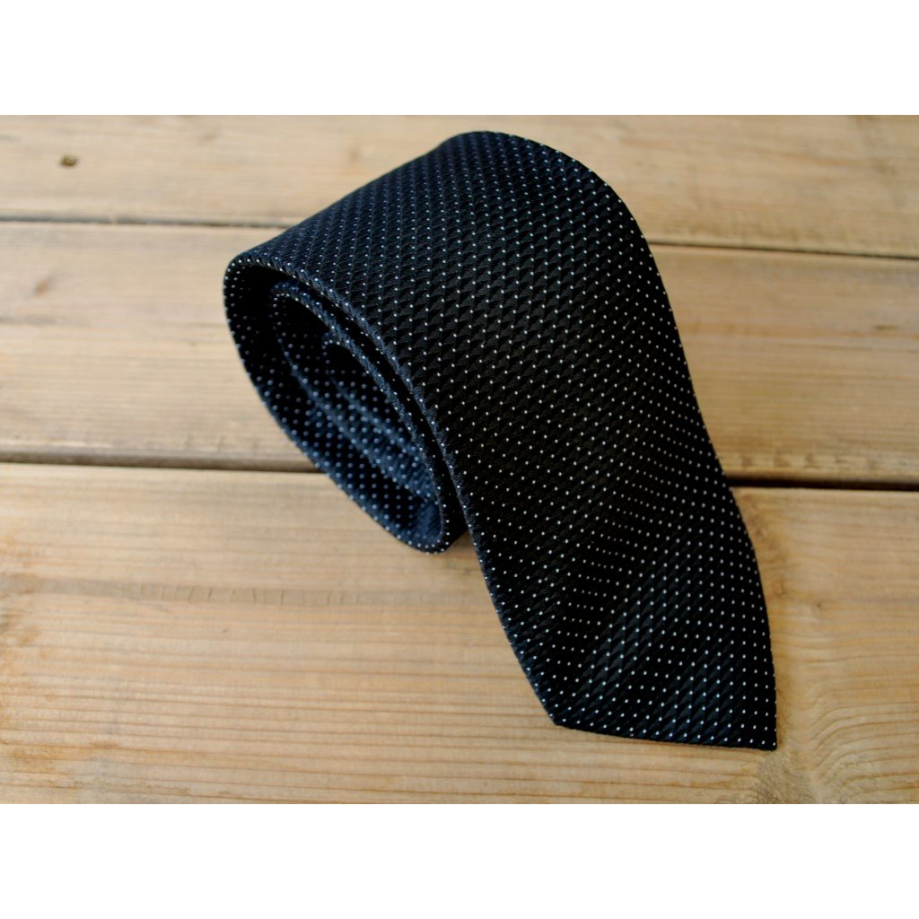 Luxusní kravata Bugatti - černá s tečkami