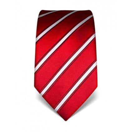 červená kravata s pruhem