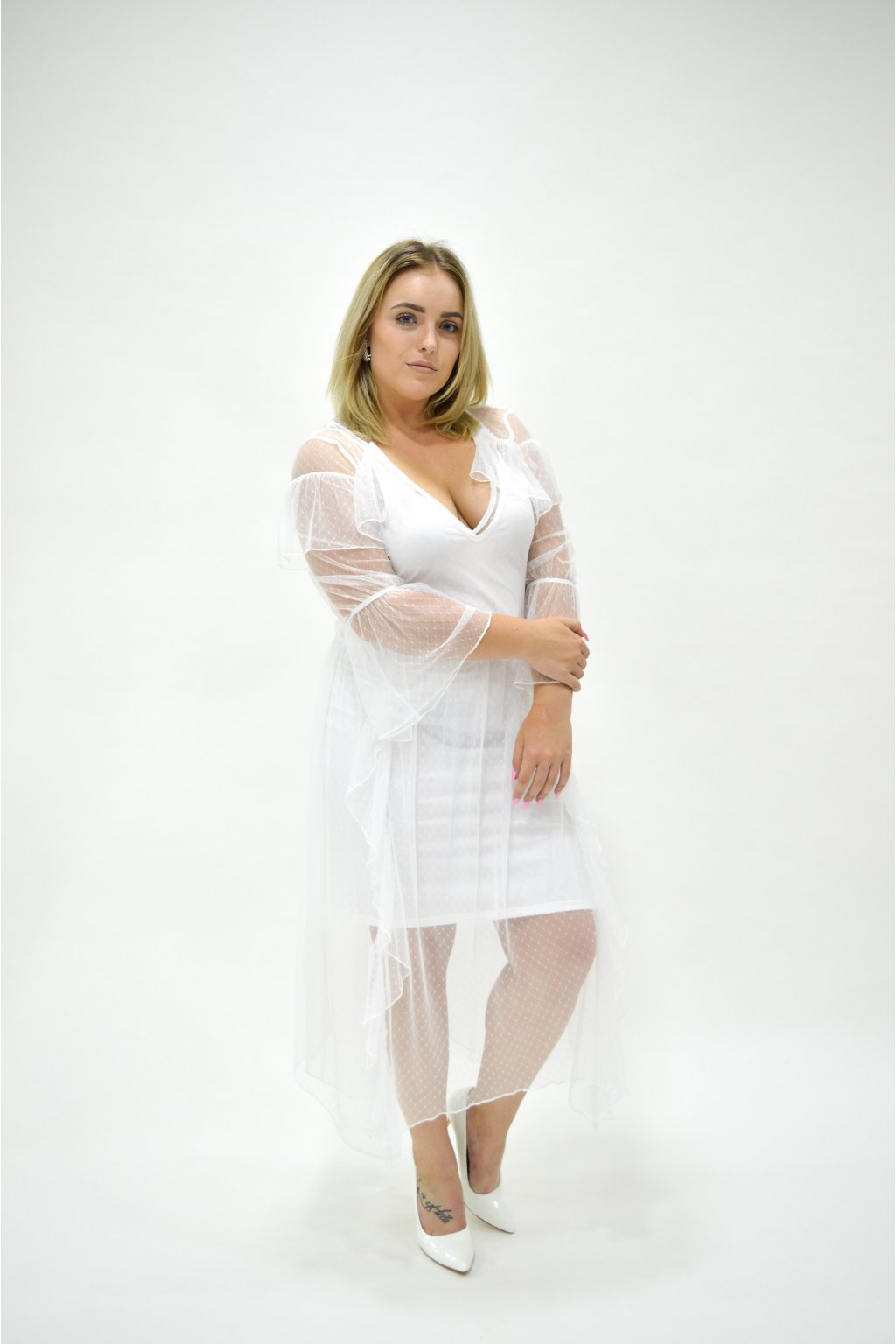 VOLNÉ ŠATY - Luxusni shop b5330d00c3