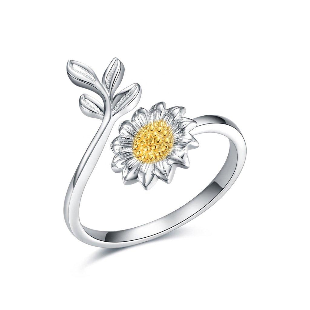 Dámsky strieborný prsteň ROSANNA 1