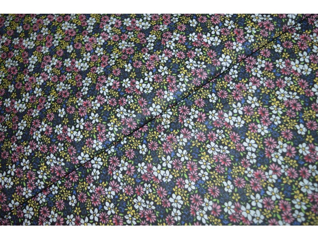 PLÁTNO 100% Ba Květy na černé Kód 1031-8800-04