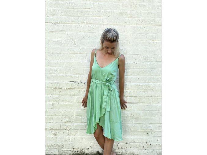 lehké šaty s volánky