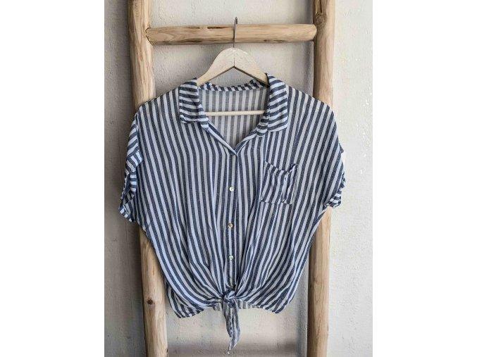 proužkovaná košile