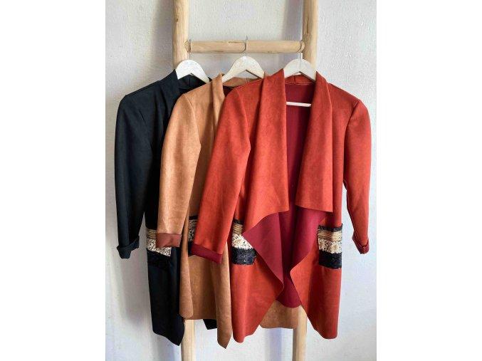 splývavý kabátek