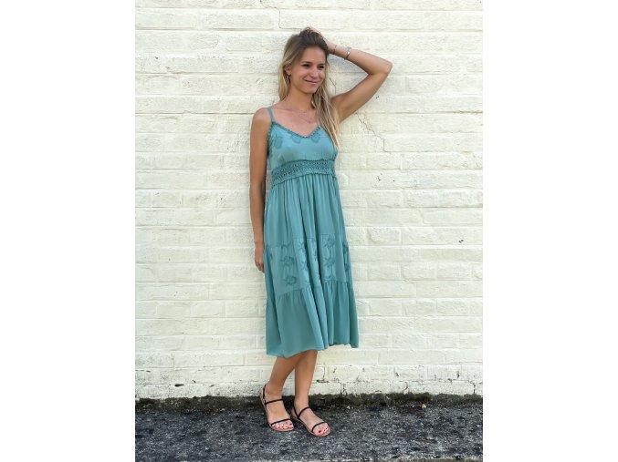 šaty Tori