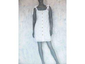 krátké šaty s vyšívanými kytičkami