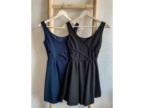 šaty s překříženými zády