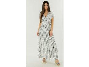 dlouhé šaty s puntíky