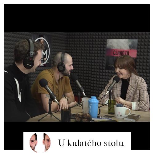 U_kulateho_stolu