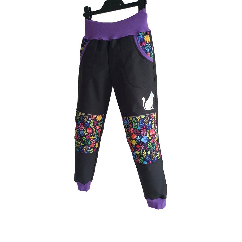 Softshellové kalhoty barevné kytky na černé predek