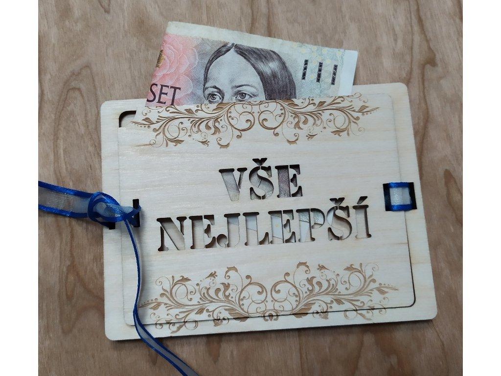 Dřevěná obálka na peníze