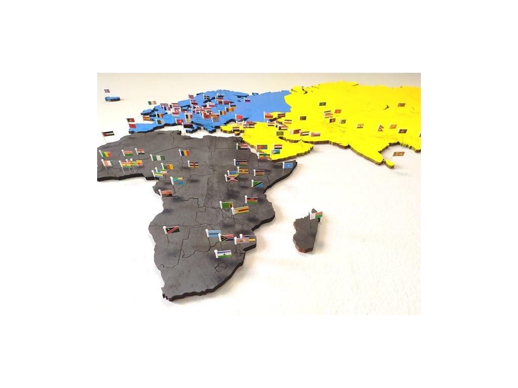 Nástěnná mapa světa + vlajky