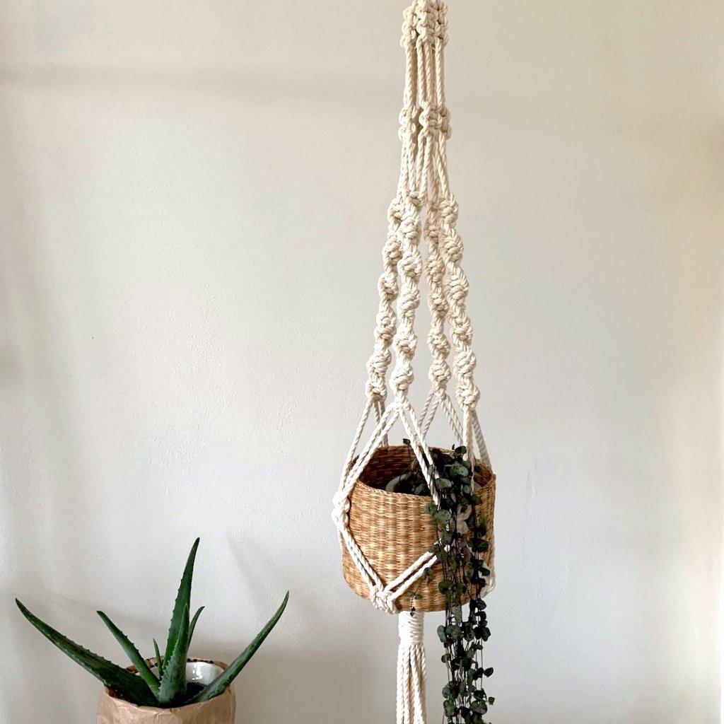 hanger natural
