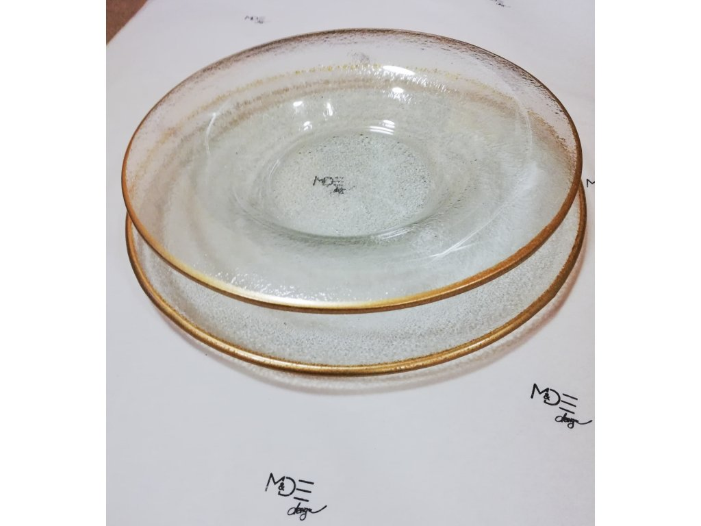 Hluboký talíř