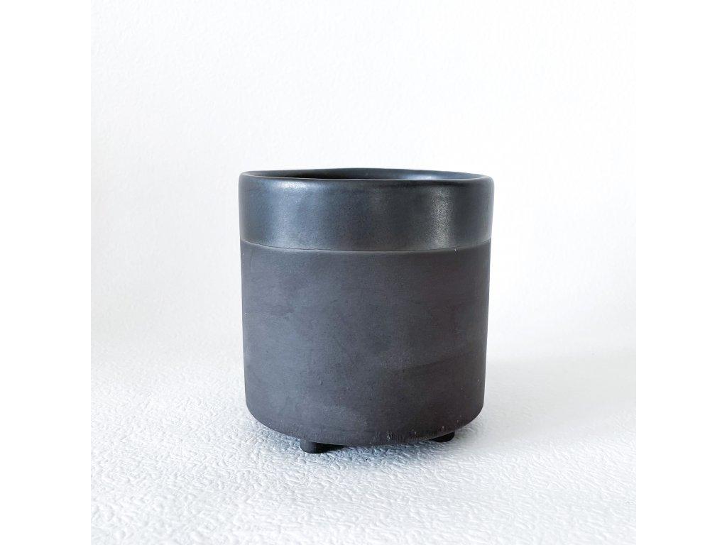 Květník černý mat