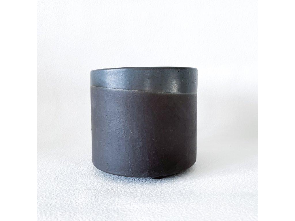 Květináč černý mat