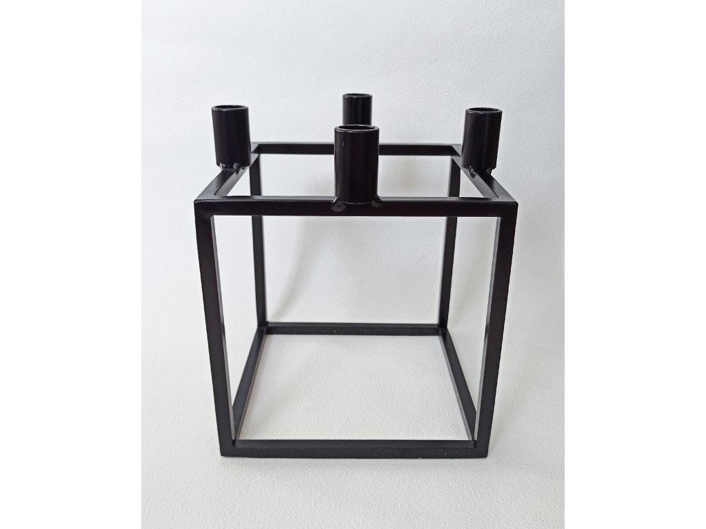 Černý kubus