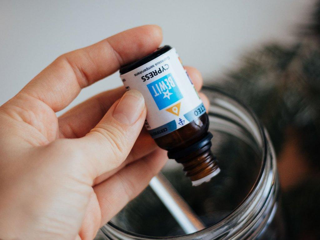 esencialni olej bewit cypris cypress francie 15ml 2