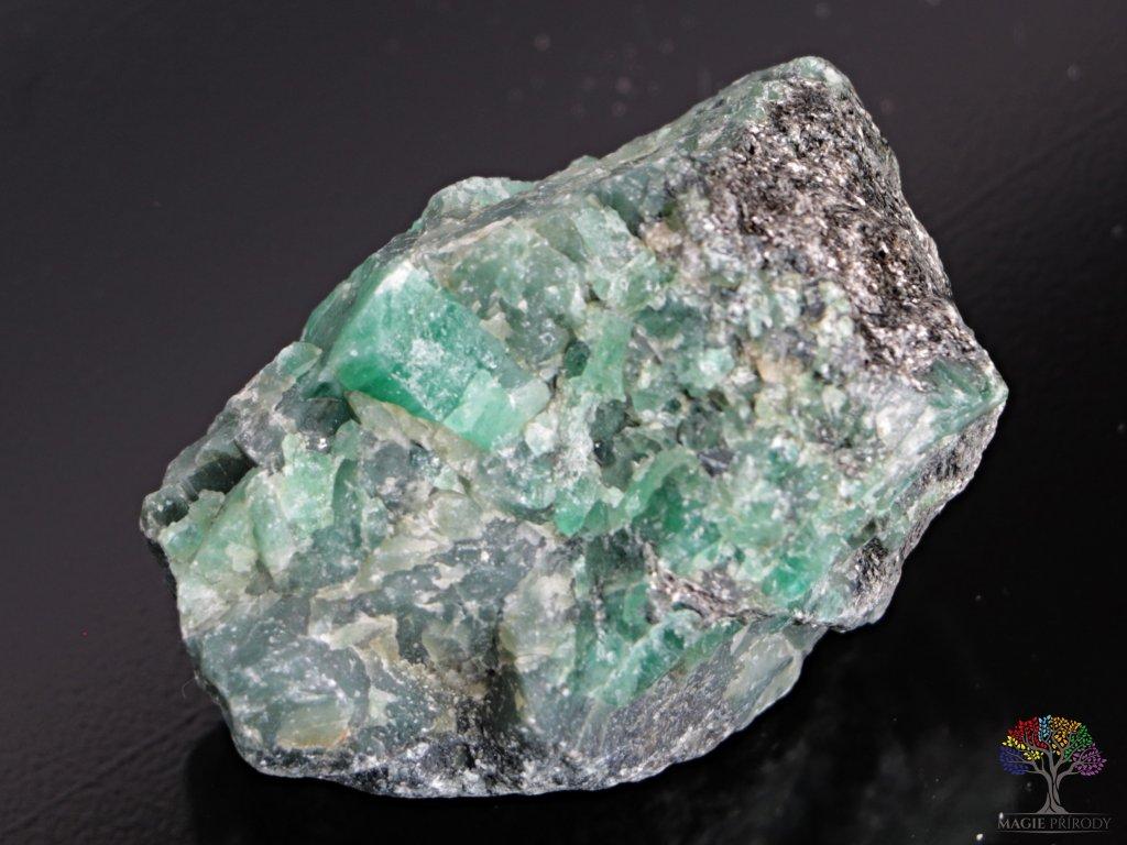 Smaragd surový 3 - 7 cm - TOP kvalita 1 ks - Brazílie  + sleva 5% po registraci na většinu zboží + dárek k objednávce
