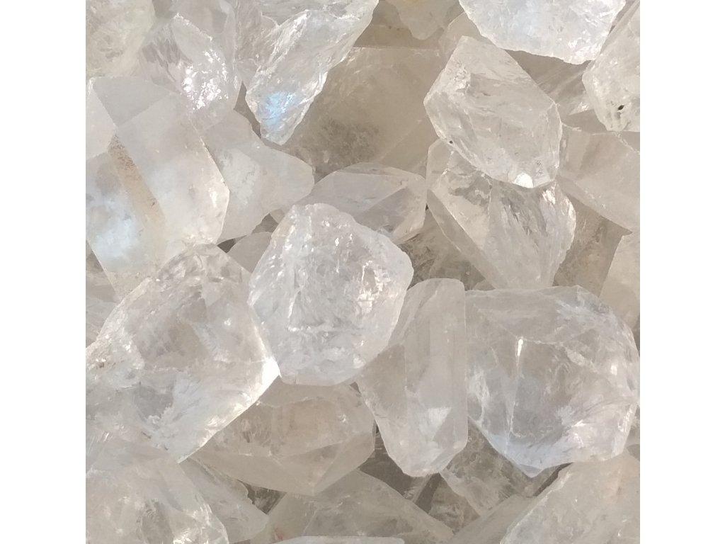 Křišťál surový 2 - 5 cm - průzračný 100 g