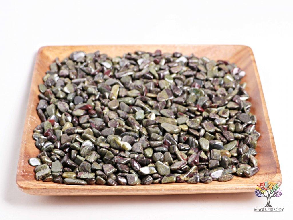 Tromlované kamínky Epidot S - kameny o velikosti 15 - 25 mm - 1kg - Brazílie  + až 10% sleva po registraci