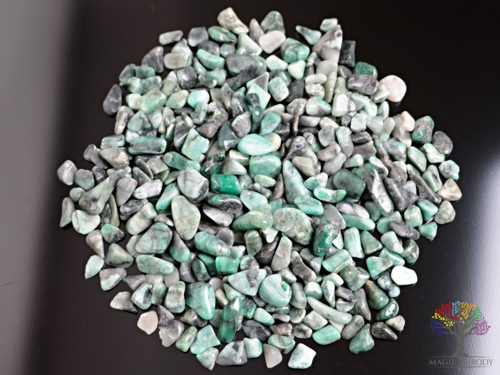 Tromlované kamínky Smaragd S - kameny o velikosti 15 - 25 mm - 100 g - Brazílie