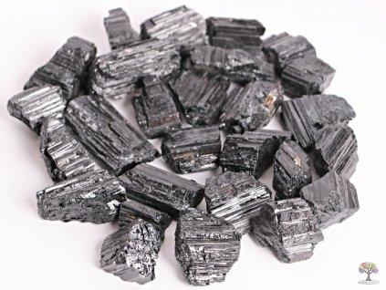 Turmalín černý surový 2 - 6 cm - TOP kvalita 100g - Brazílie  + sleva 5% po registraci na většinu zboží + dárek k objednávce