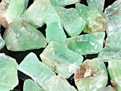 Kalcit smaragdový - zelený surový 2 - 4 cm - 1 ks - Mexiko  + až 10% sleva po registraci