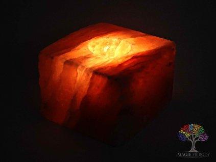 Solný svícen na svíčku přírodní velká kostka - leštěný 1.5 - 2.2 kg - solná lampa
