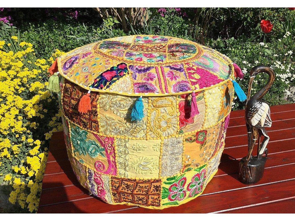 ff333c6846e7 Mahari - Indický patchwork puf taburet - ruční práce