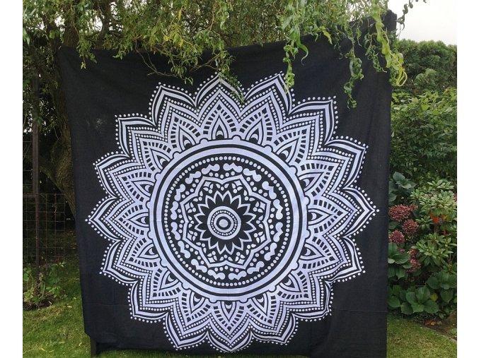 Bavlněná indická mandala  Mahari, dekorace na zeď - indický XL přehoz na postel, jóga podložka, bílo-černá, lotosový květ,, tapisérie, doprava zdarma, II. jakost