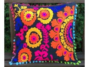 Dekorační povlak na polštář - tradiční indická výšivka, indický meditační polštář, černý s barevnými ornamenty, doprava zdarma