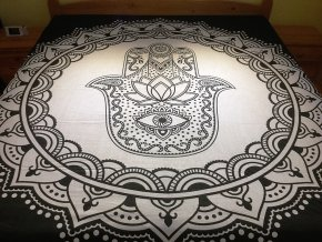 Bavlněný indický přehoz, dekorace na zeď - přehoz na postel, jóga podložka, ruka Fatimy černo bílá, tapisérie, doprava zdarma