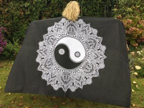 Mandala textilní dekorace na zeď - přehoz přes postel, černo-bílý JIN a JANG, indický přehoz, jóga podložka, tapisérie, bavlna, doprava zdarma - II. jakost