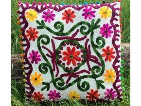 Dekorační povlak na polštář MAHARI - tradiční indická výšivka, indický meditační polštář, bílý s barevnými kytkami, doprava zdarma