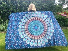 Mandala textilní dekorace na zeď - přehoz přes postel, jóga podložka, tapisérie, bavlna, modré paví péra, doprava zdarma