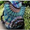 Textilní batoh Mahari s mandalou - indický baťůžek, modré paví péra, DOPRAVA ZDARMA