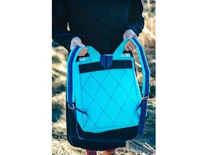 Malý designový batoh - AKVARELOVÉ TROJÚHELNÍKY