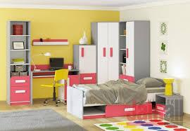 Dětské a studentské modulové systémy